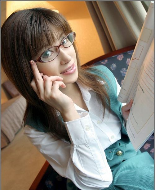 出来ればメガネを掛けたままエッチしたい眼鏡っ娘のエロ画像集めたった 38枚 No.12
