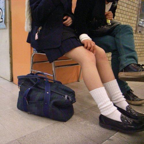 【エロ画像】JKの生脚・太ももが好き過ぎる奴ちょっと来い! No.27
