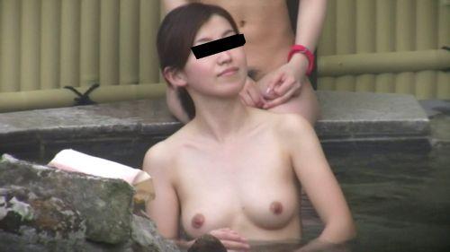 露天風呂があったら女湯を覗き見しちゃう盗撮エロ画像 38枚 No.19