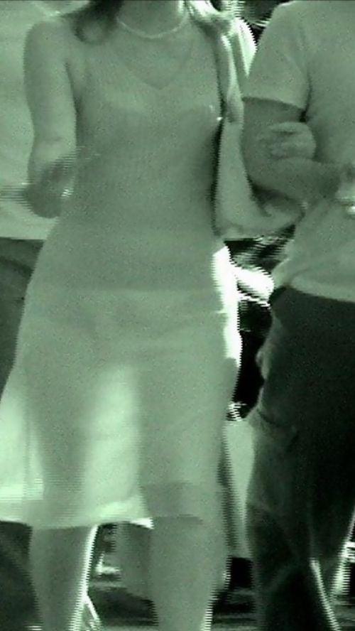 【盗撮画像】赤外線カメラで素人パンティを街撮りした結果www 33枚 No.7
