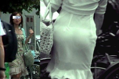 【盗撮画像】赤外線カメラで素人パンティを街撮りした結果www 33枚 No.19