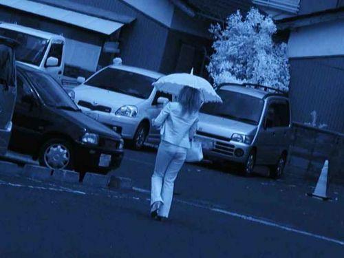 【盗撮画像】赤外線カメラで素人パンティを街撮りした結果www 33枚 No.20