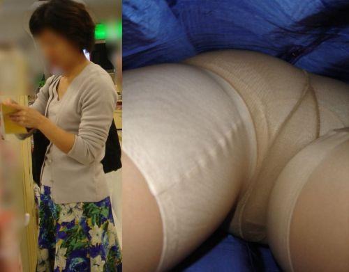 【画像】エロイ盛りのOLさんを熟女多めで逆さ撮りで盗撮した結果www 40枚 No.4