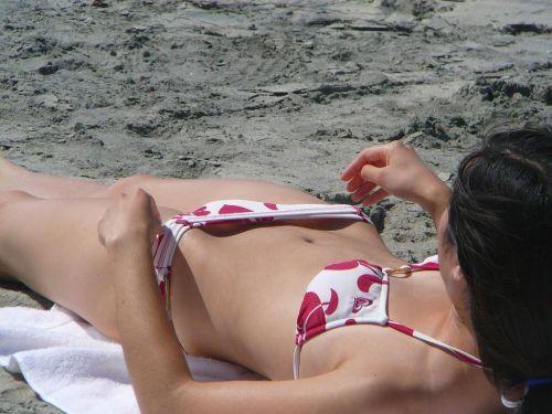 水着のセンター部分に乳首ポロリさせてるエロ画像とかまとめ 44枚 No.43