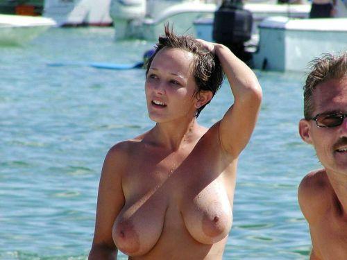 【画像】フリーダムエロなヌーディストビーチの全裸外国人が凄いw No.8