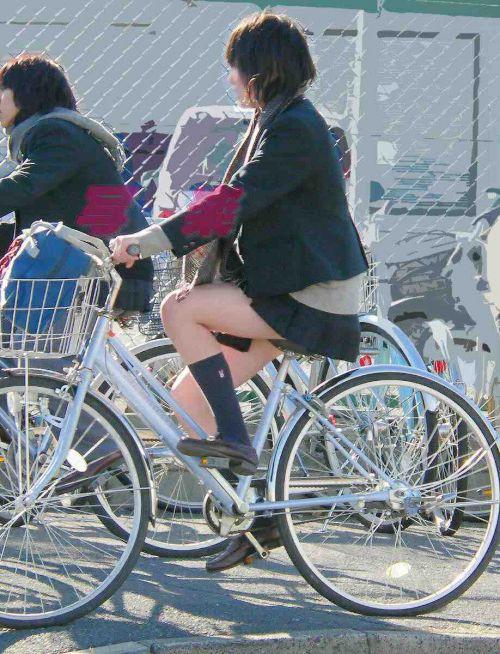 JKのオマタが自転車のサドルに乗っかってる画像でエロく妄想しようぜwww No.4