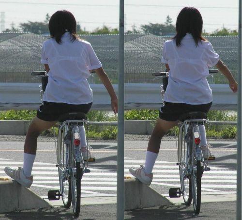 JKのオマタが自転車のサドルに乗っかってる画像でエロく妄想しようぜwww No.22