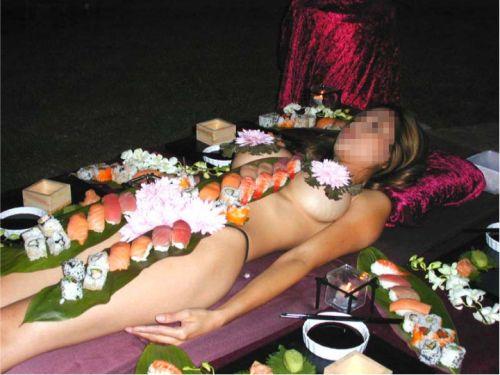 【エロ画像】食欲と性欲を同時に満たせる女体盛りを比較しようぜwww 40枚 No.23