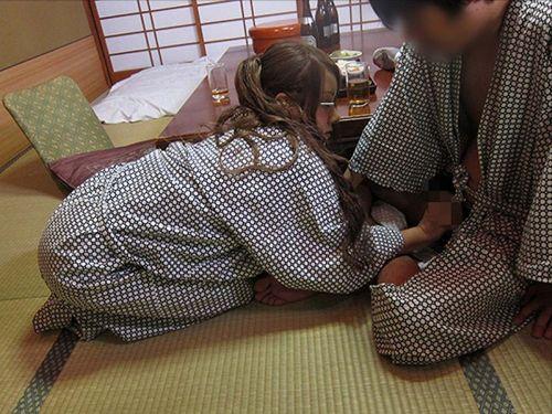【エロ画像】カップルで旅館に泊まったら100%浴衣セックスするよな! 39枚 No.15