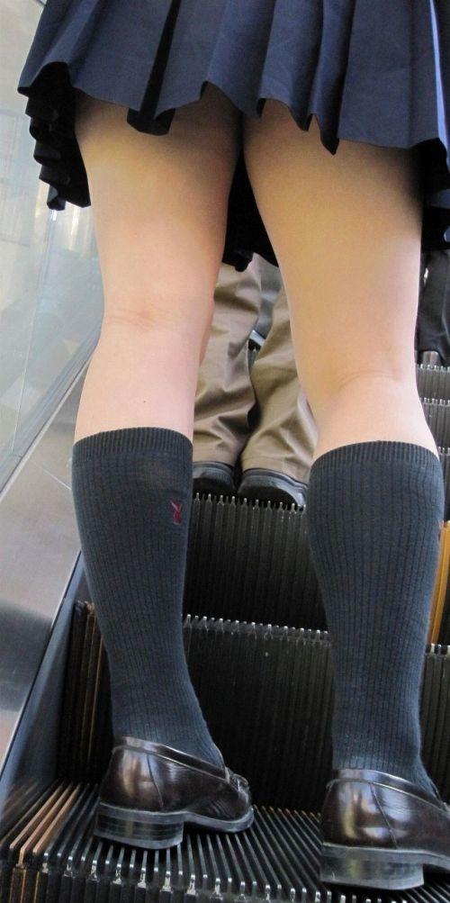 【画像】エスカレーターでミニスカJKのパンチラを見て元気出そうぜwww 32枚 No.3
