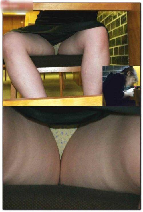 図書館の机の下のスカートの中をこっそり激写盗撮したエロ画像 35枚 No.21