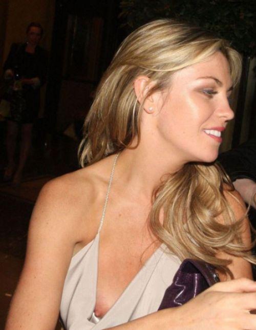 海外セレブやハリウッド女優が堂々と乳首ポロリしているエロ画像 36枚 No.2