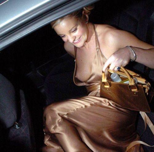 海外セレブやハリウッド女優が堂々と乳首ポロリしているエロ画像 36枚 No.28