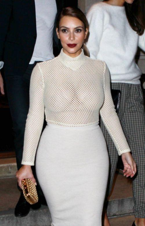 【エロ画像】海外セレブの間ではスケ乳首のファッションが大人気らしいwww 33枚 No.13
