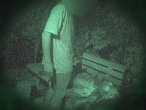 【エロ画像】野外セックス中のカップルを赤外線カメラで盗撮した結果www 33枚 No.3