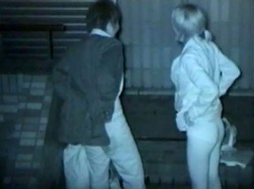 【エロ画像】野外セックス中のカップルを赤外線カメラで盗撮した結果www 33枚 No.31