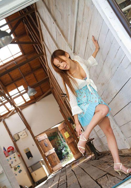丘咲エミリ長髪で子顔の美脚スレンダーな綺麗なお姉さんのエロ画像 150枚 No.6