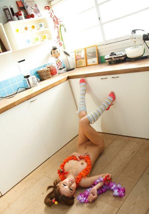 丘咲エミリ長髪で子顔の美脚スレンダーな綺麗なお姉さんのエロ画像 150枚 No.31