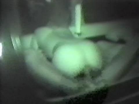 野外で後背位セックスしてるカップルを赤外線カメラで盗撮したエロ画像www 34枚 No.15