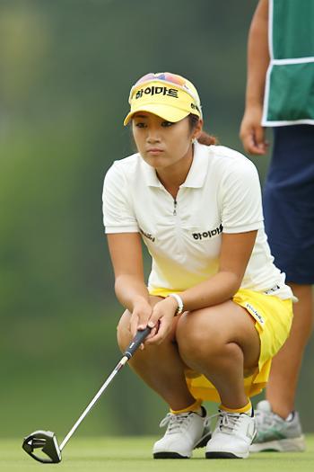 女子プロゴルファーのお宝パンチラ・太ももたっぷりエロ画像まとめ 39枚 No.4