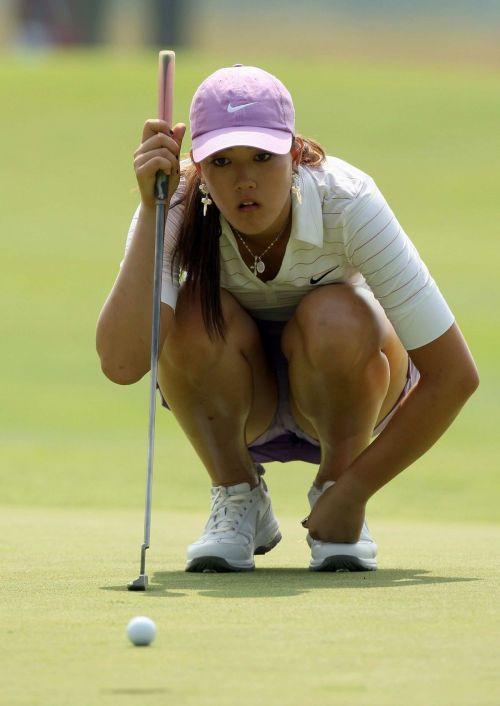 女子プロゴルファーのお宝パンチラ・太ももたっぷりエロ画像まとめ 39枚 No.13