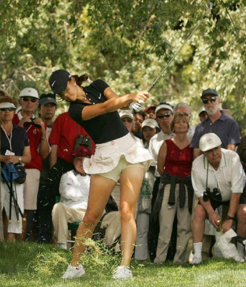 女子プロゴルファーのお宝パンチラ・太ももたっぷりエロ画像まとめ 39枚 No.18