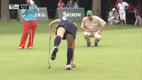 女子プロゴルファーのお宝パンチラ・太ももたっぷりエロ画像まとめ 39枚 No.19