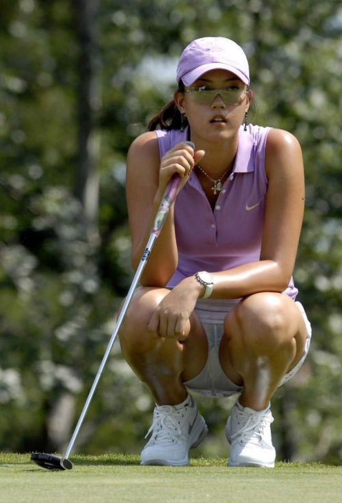女子プロゴルファーのお宝パンチラ・太ももたっぷりエロ画像まとめ 39枚 No.29