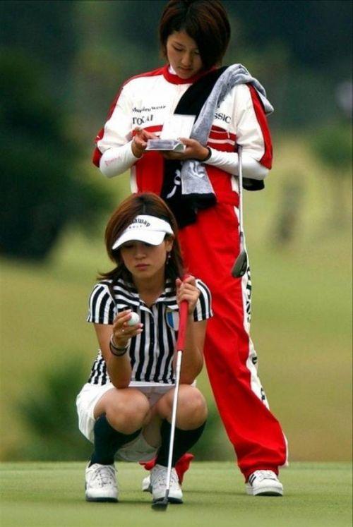 女子プロゴルファーのお宝パンチラ・太ももたっぷりエロ画像まとめ 39枚 No.37