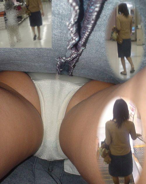 【盗撮】素人熟女の逆さ撮り画像で履いてるパンティのエロさを比較しようぜwww 42枚 No.25