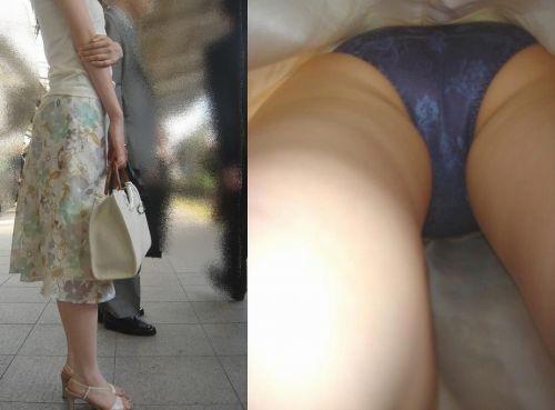 お尻にパンティが食い込み限定!熟女の逆さ撮り盗撮エロ画像 32枚 No.19