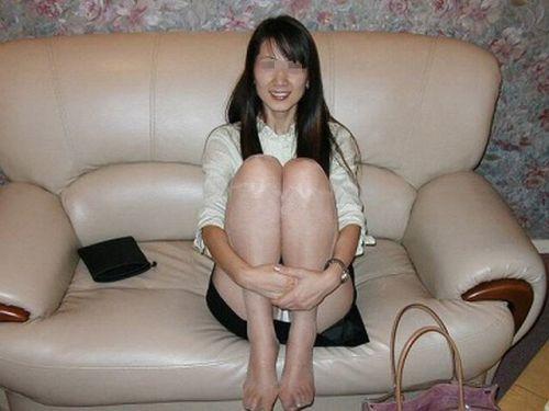 人妻や熟女の座りパンチラのリアリティにフル勃起しちゃうエロ画像 41枚 No.14