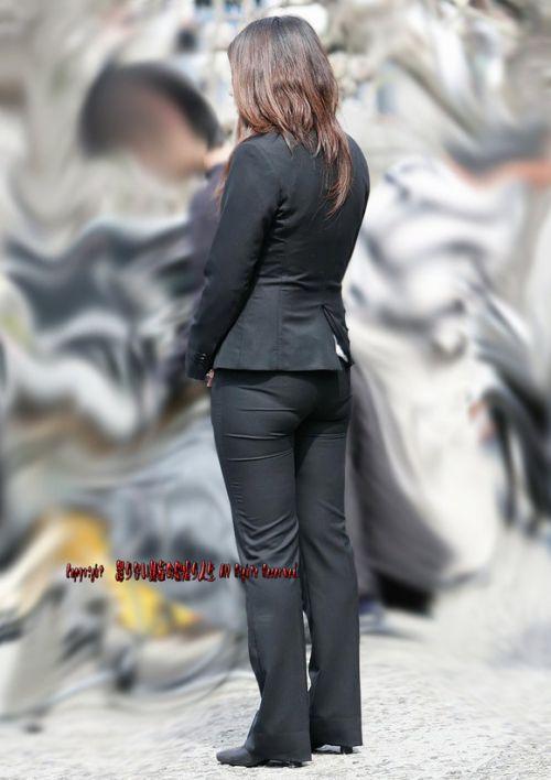 【画像】黒タイツを履いてる素人JKの美脚がエロ過ぎ! No.29