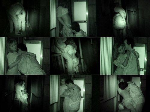 【盗撮画像】若いカップルの野外セックスが赤外線カメラで丸見えだわwww 32枚 No.14