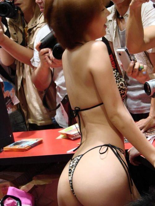 イベントコンパニオンとキャンペーンガールのセクシーなお尻を盗撮したエロ画像まとめ 38枚 No.13