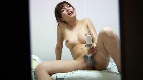 【エロ画像】女の子がバイブオナニーしてるのを覗き見盗撮した結果www 35枚 No.17
