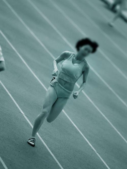 【画像】赤外線カメラで女子スポーツ選手を盗撮した結果がこちらです 36枚 No.7
