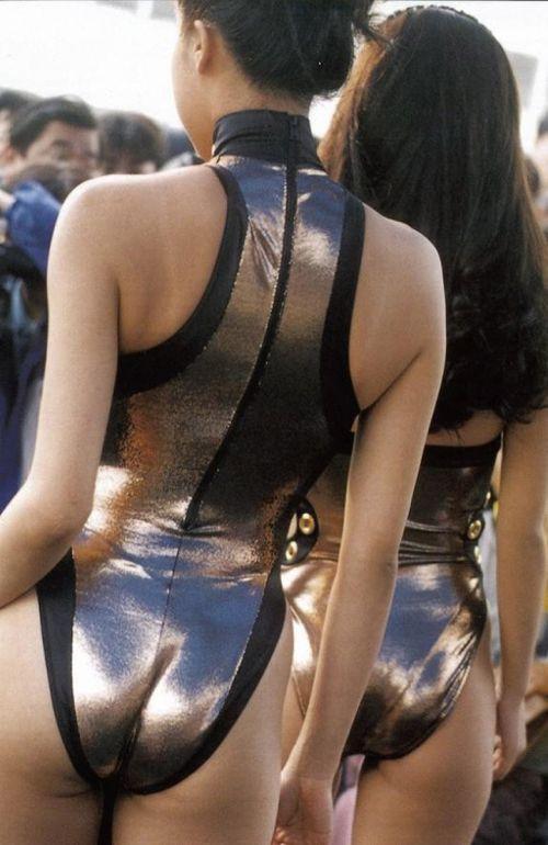 レースクィーンの谷間胸チラやハイレグ水着のお尻を盗撮したエロ画像 35枚 No.17