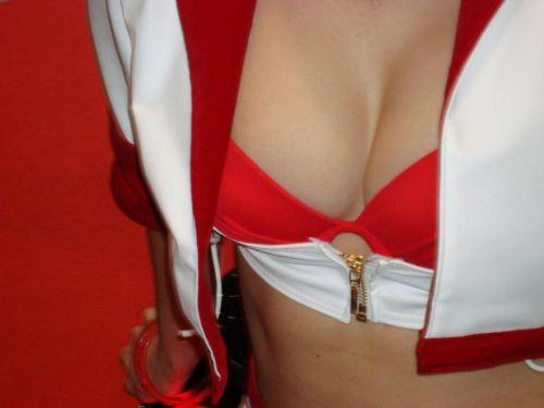レースクィーンの谷間胸チラやハイレグ水着のお尻を盗撮したエロ画像 35枚 No.35