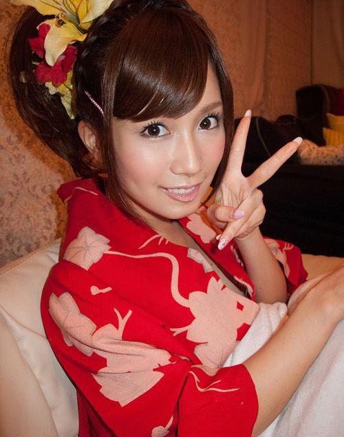 小島みなみ 超絶美形の子顔でスレンダーボディAV女優のエロ画像 202枚 No.197