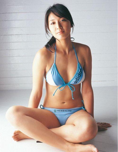元ビーチバレー浅尾美和のちょっとエッチな健康的グラビア画像まとめ 102枚 No.102