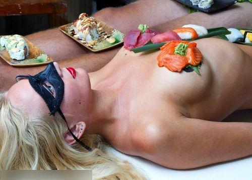 刺し身の味付けは愛液でお願いしたい女体盛りのエロ画像 39枚 No.9