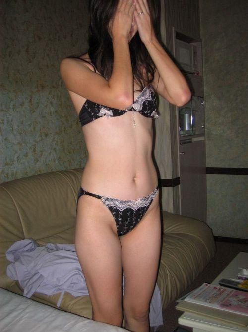 【エロ画像】熟女の過激で派手な下着を着ると夜のセックスが荒れそうだよなwww 31枚 No.16