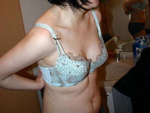 【エロ画像】熟女の過激で派手な下着を着ると夜のセックスが荒れそうだよなwww 31枚 No.26