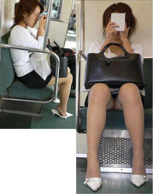 電車内でストッキングなお姉さんの太ももパンチラ盗撮画像 38枚 No.10
