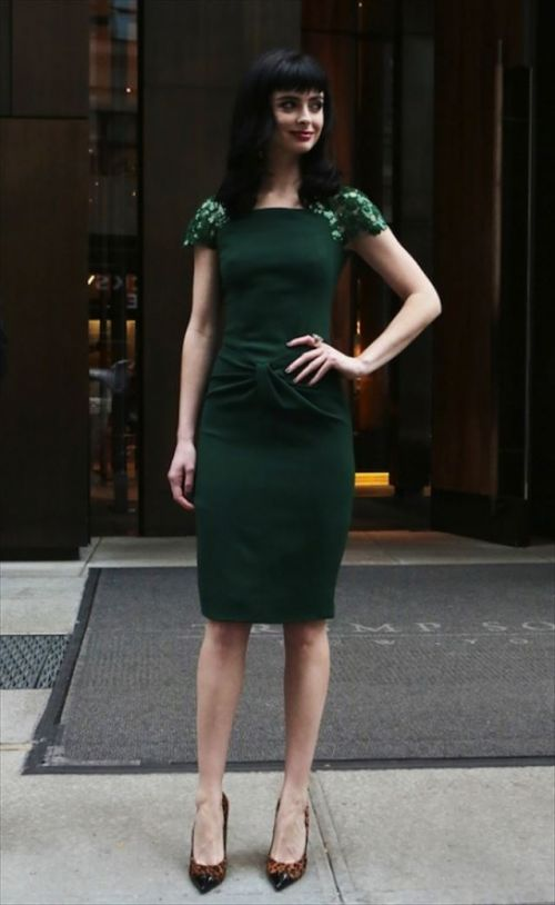 【画像】海外セレブのおっぱい丸出しシースルーファッションエロ過ぎwww 31枚 No.11