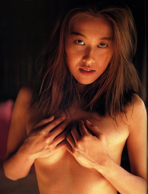 岡本夏生がTVでケツを丸出しにしちゃう破天荒熟女のエロ画像 126枚 No.74