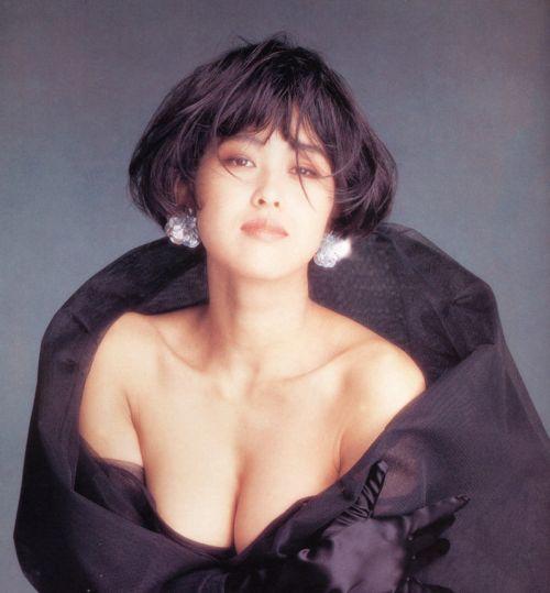 岡本夏生がTVでケツを丸出しにしちゃう破天荒熟女のエロ画像 126枚 No.96