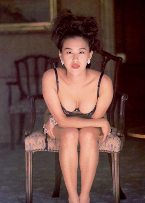 岡本夏生がTVでケツを丸出しにしちゃう破天荒熟女のエロ画像 126枚 No.122