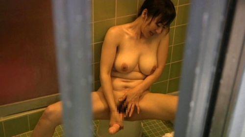 窓際やベランダでオナニーしてる女の子を盗撮したエロ画像 48枚 No.5